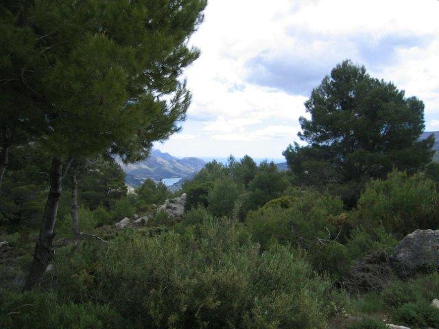Chalet de magnifica construcción,  de alta calidad , en lo mas alto de la montaña y dominando el Valle.