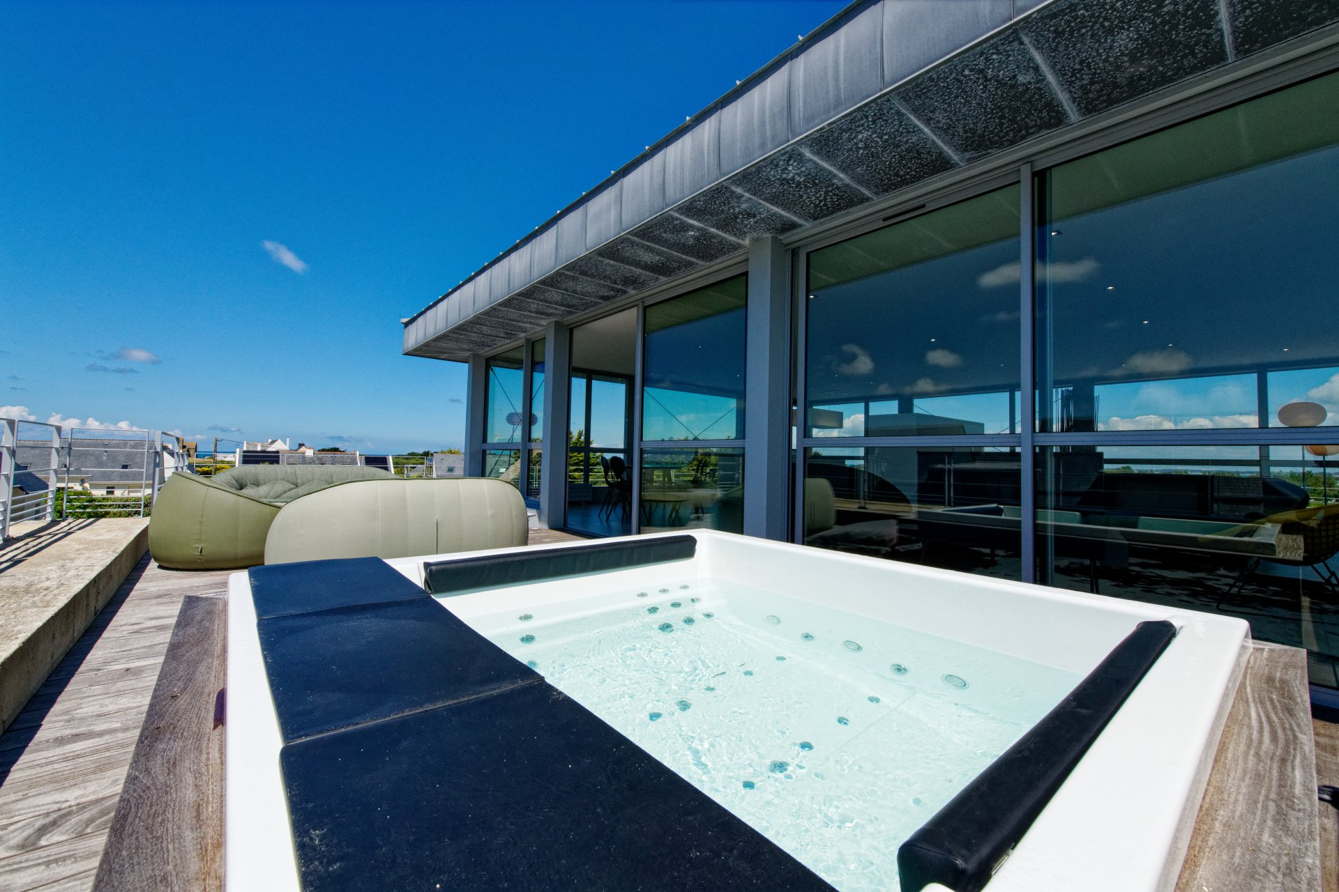 Toit terrasse, cube en verre, design