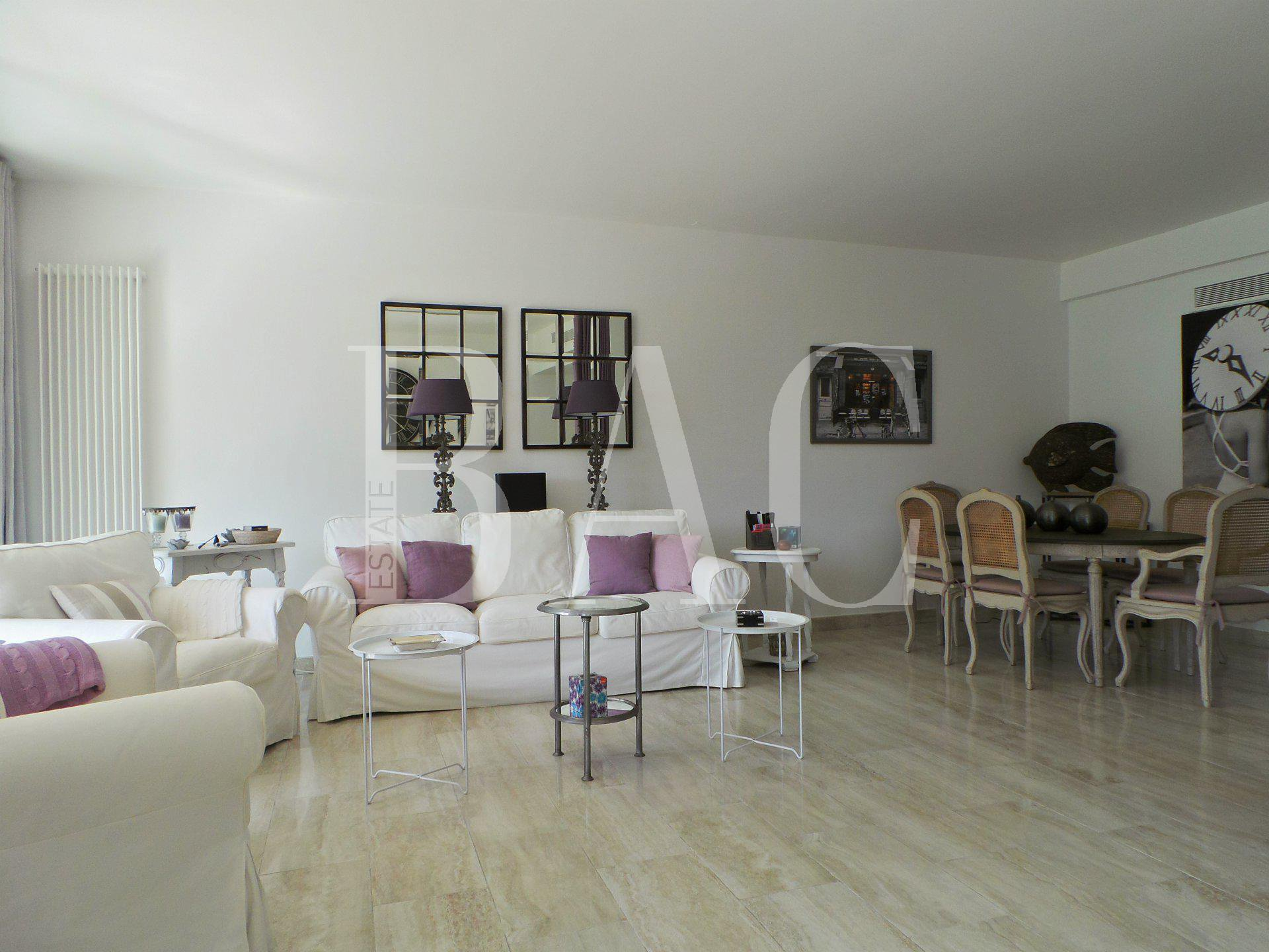 Superb apartment 600 meters from the sea