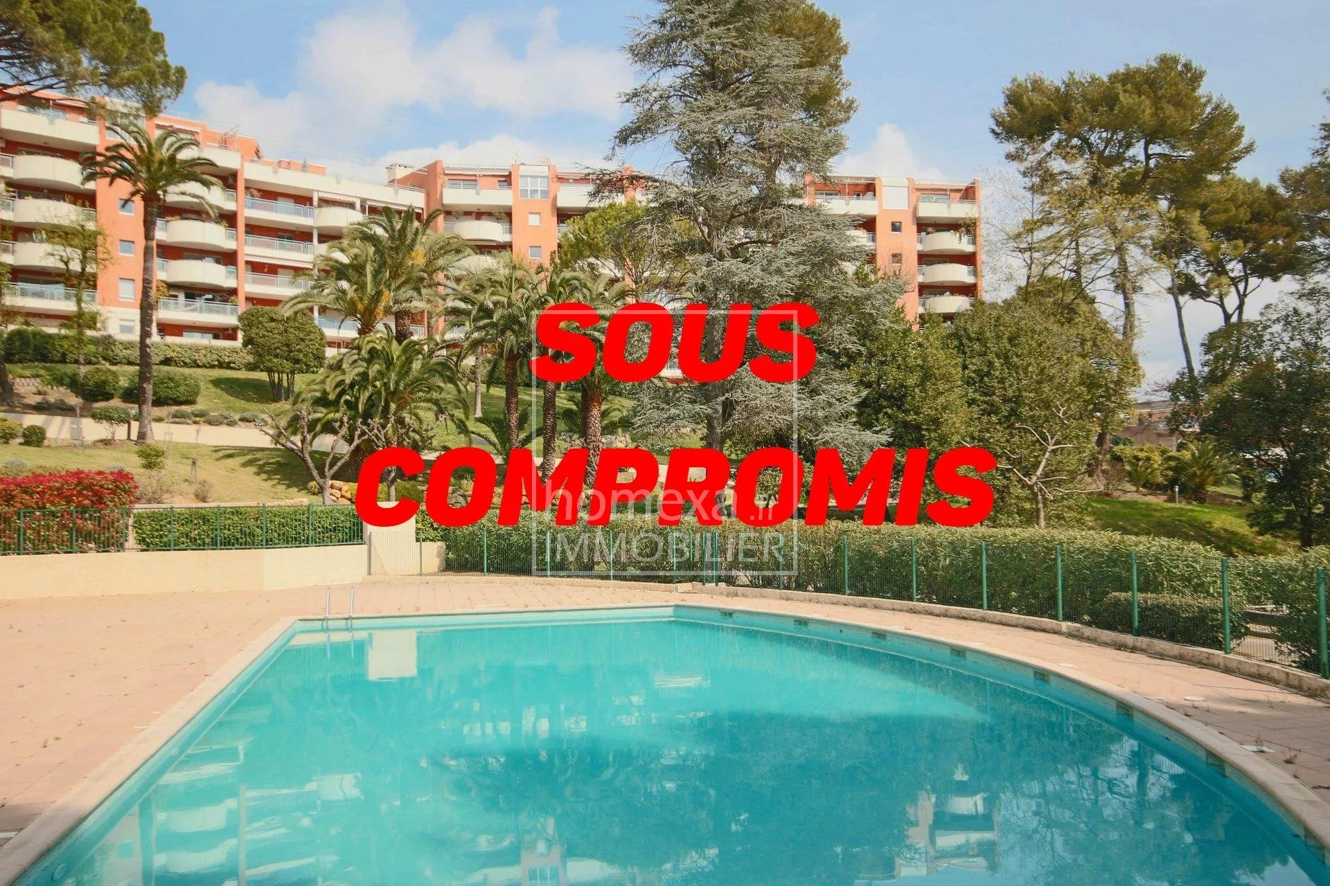 Real estate Cannes : High end residence with pool, tennis court and pitch and put golf