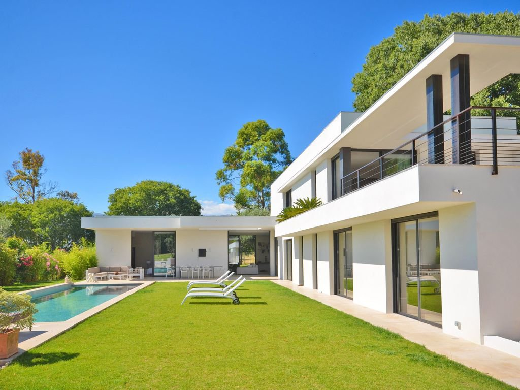 VILLA CONTEMPORAINE - MOUGINS