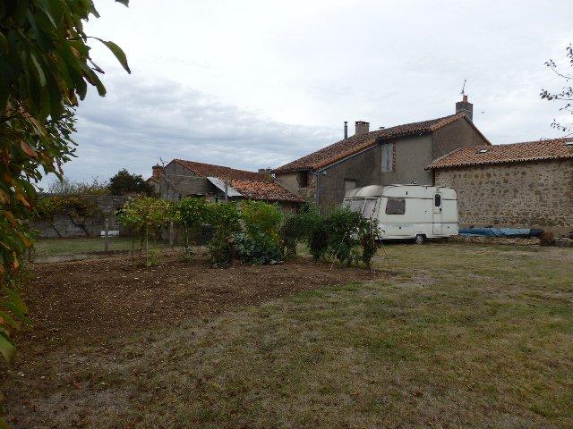 Maison à Rénover - Près de Montmorillon