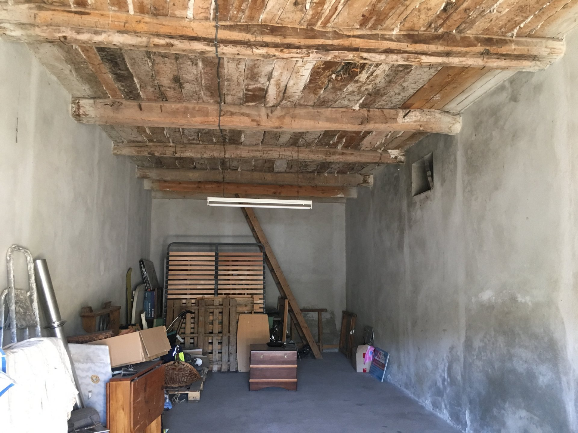 Garage / To renovate