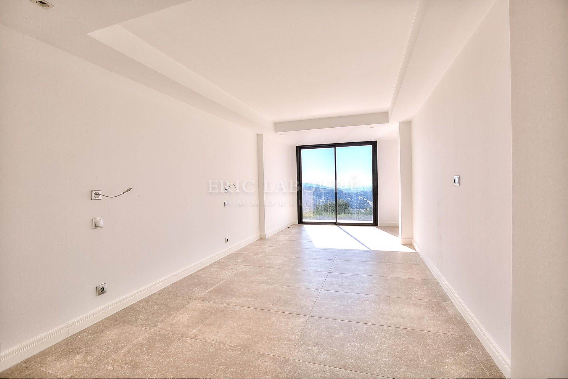 Sale contemporary villa Mougins - Sea view