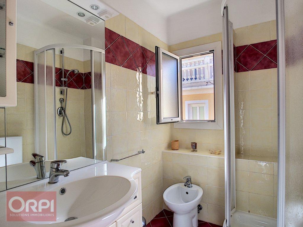 Appartement Le Golfe Juan 1 pièce(s) 36 m2
