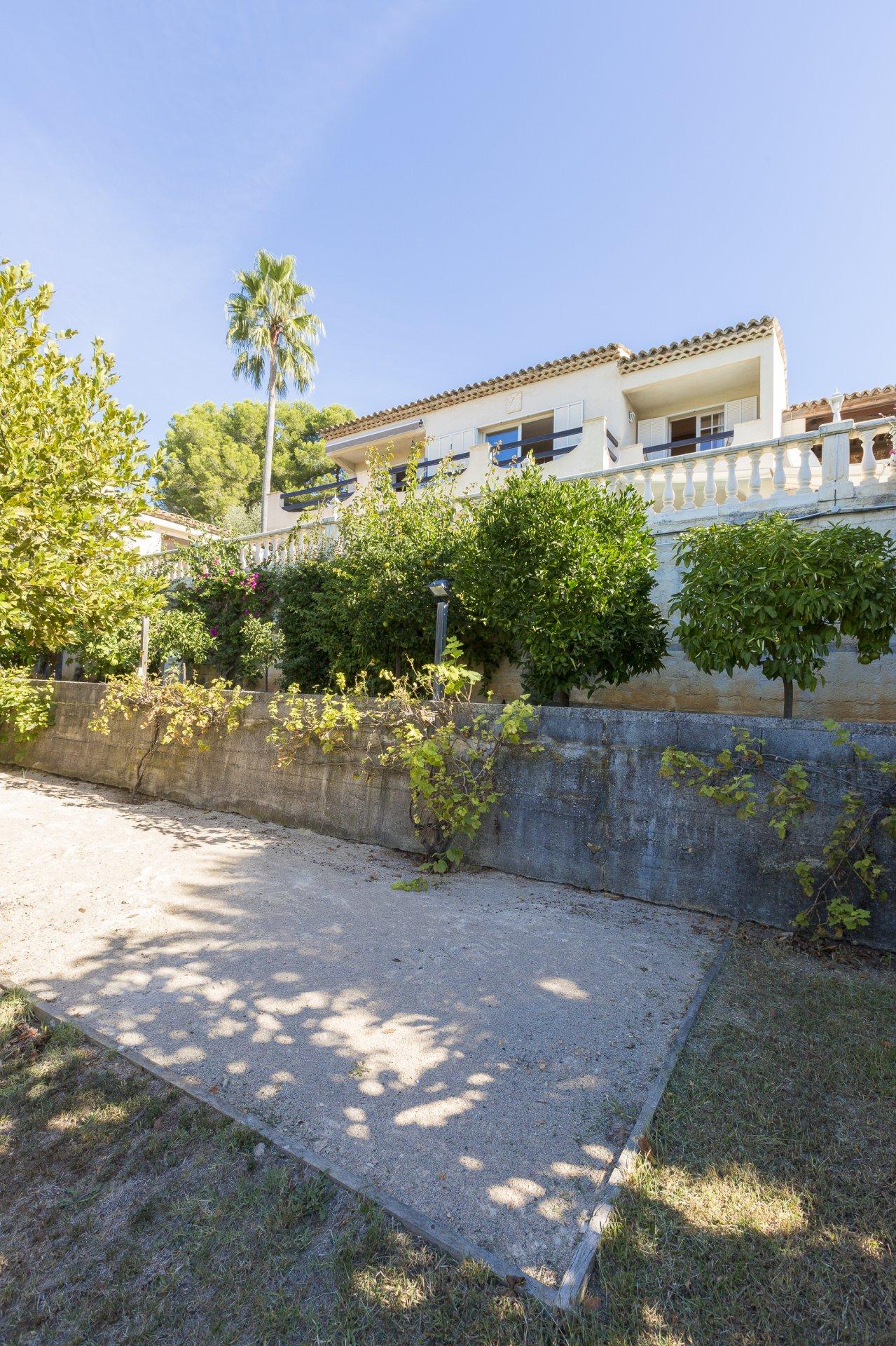 Vallauris Impiniers: Villa avec de grands espaces et vue dégagée, au calme