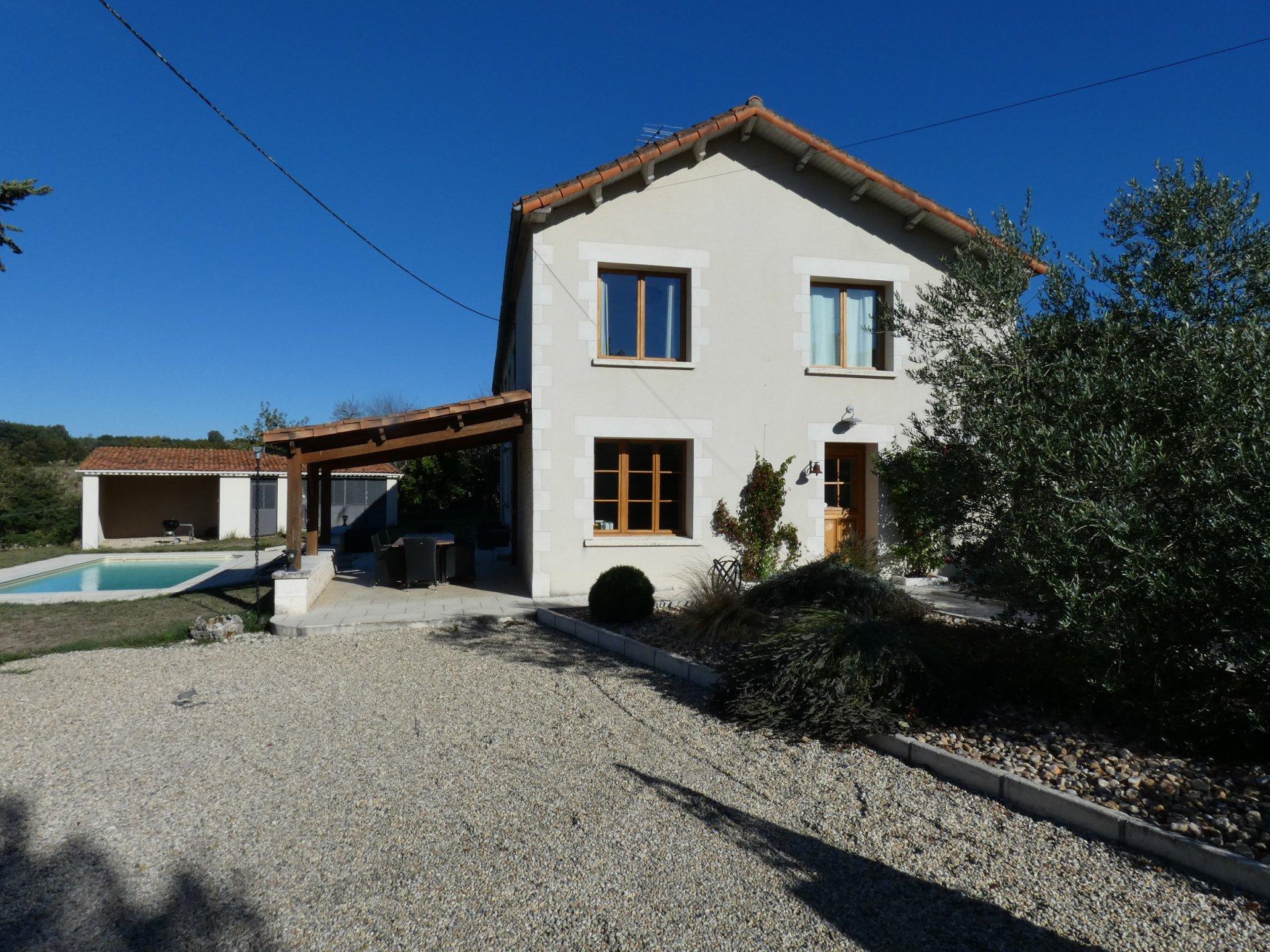 Beautifull House with piscine