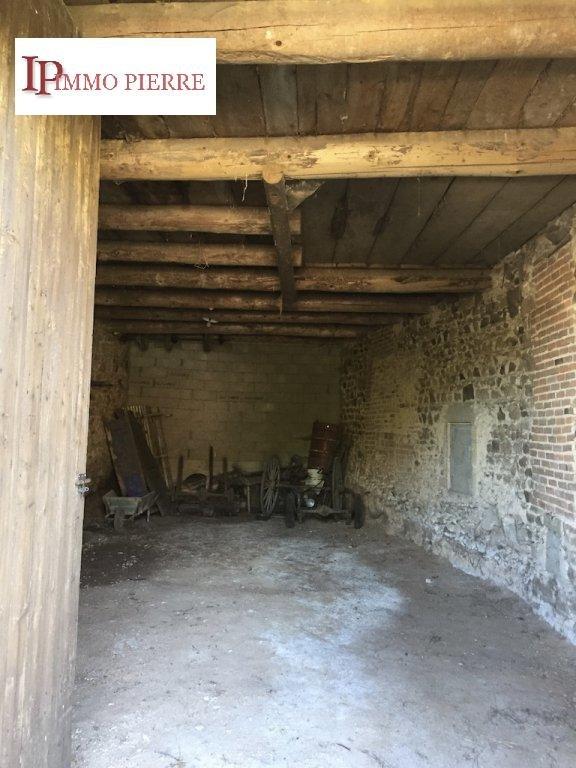 Proche Charlieu et Chauffailles Maison à rénover