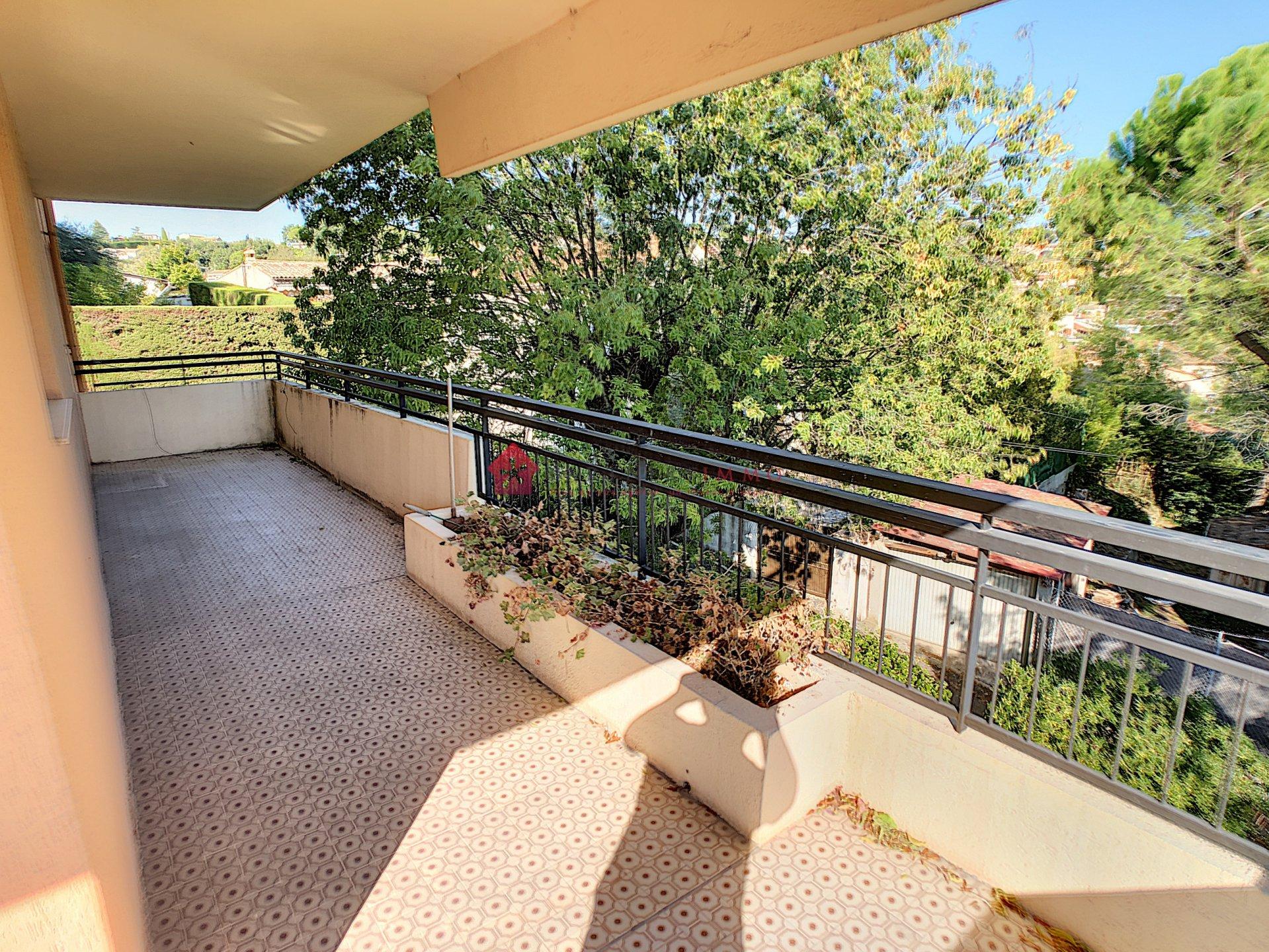 3 pièces avec grande terrasse