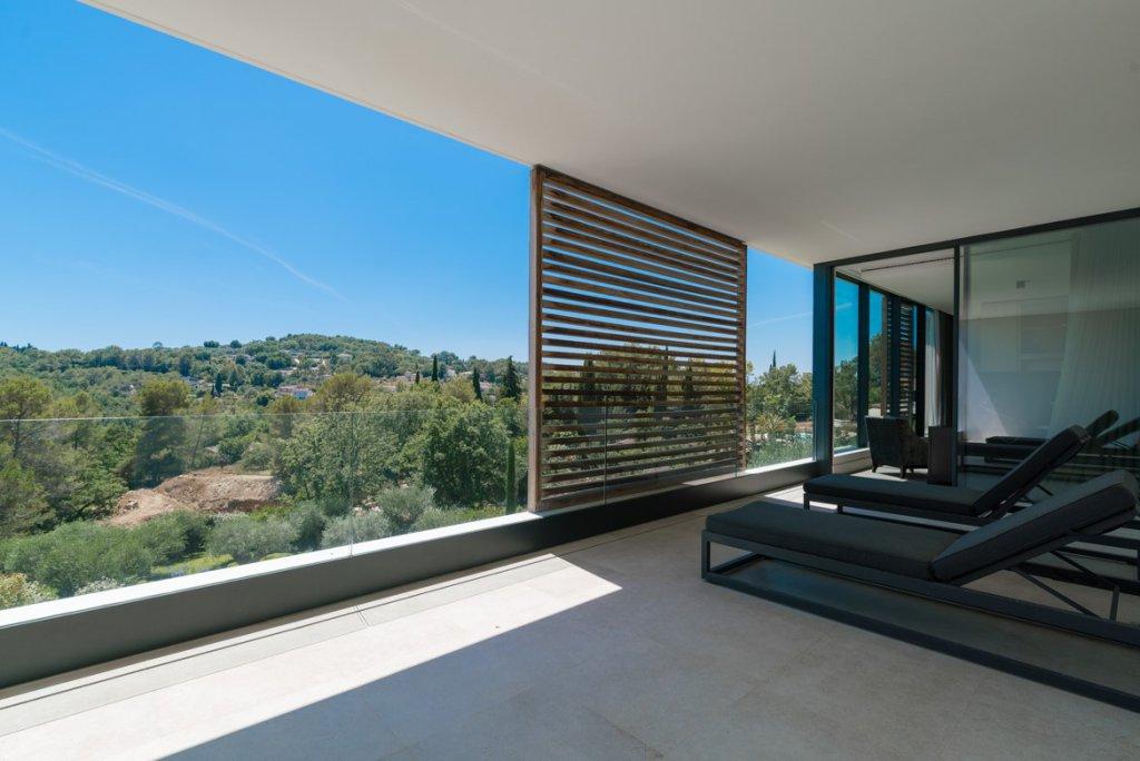 Maison contemporaine Valbonne