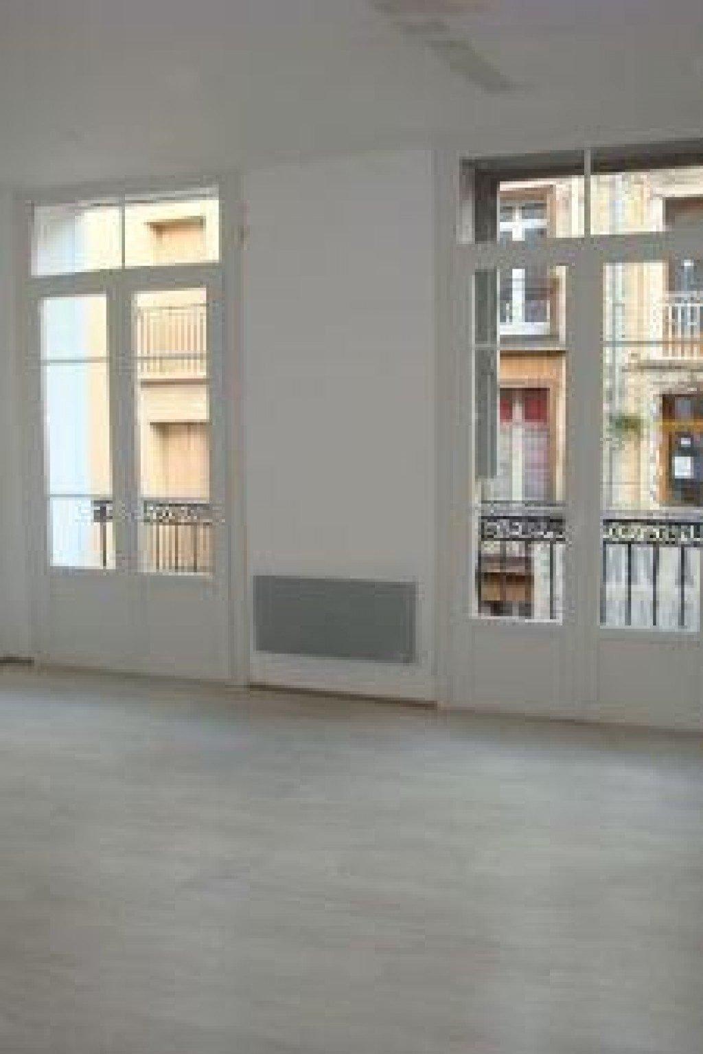 Perpignan centre-ville, T3 rénové entièrement