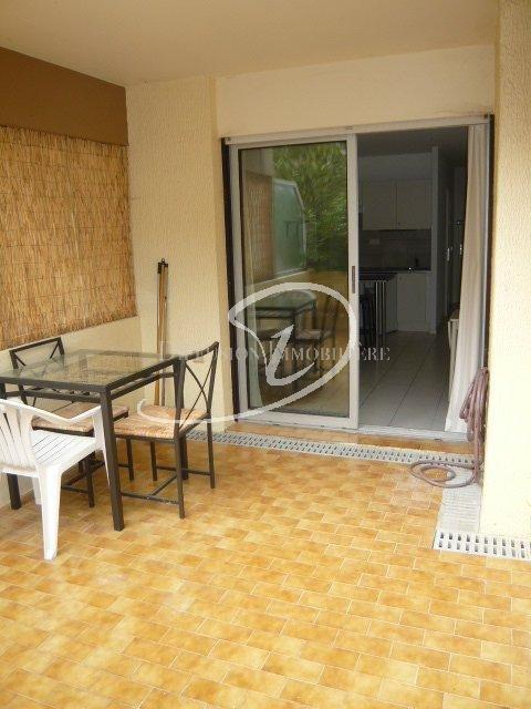 Nice ouest - Studio meublé avec terrasse