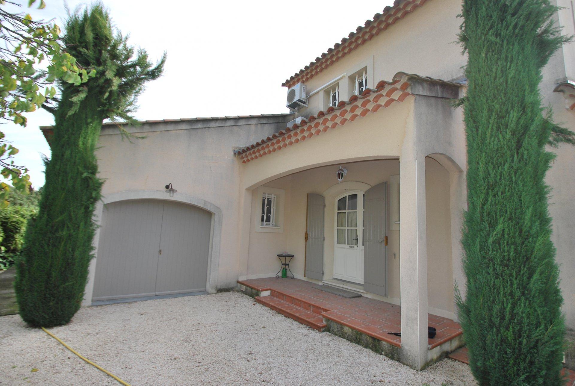 villa proche centre