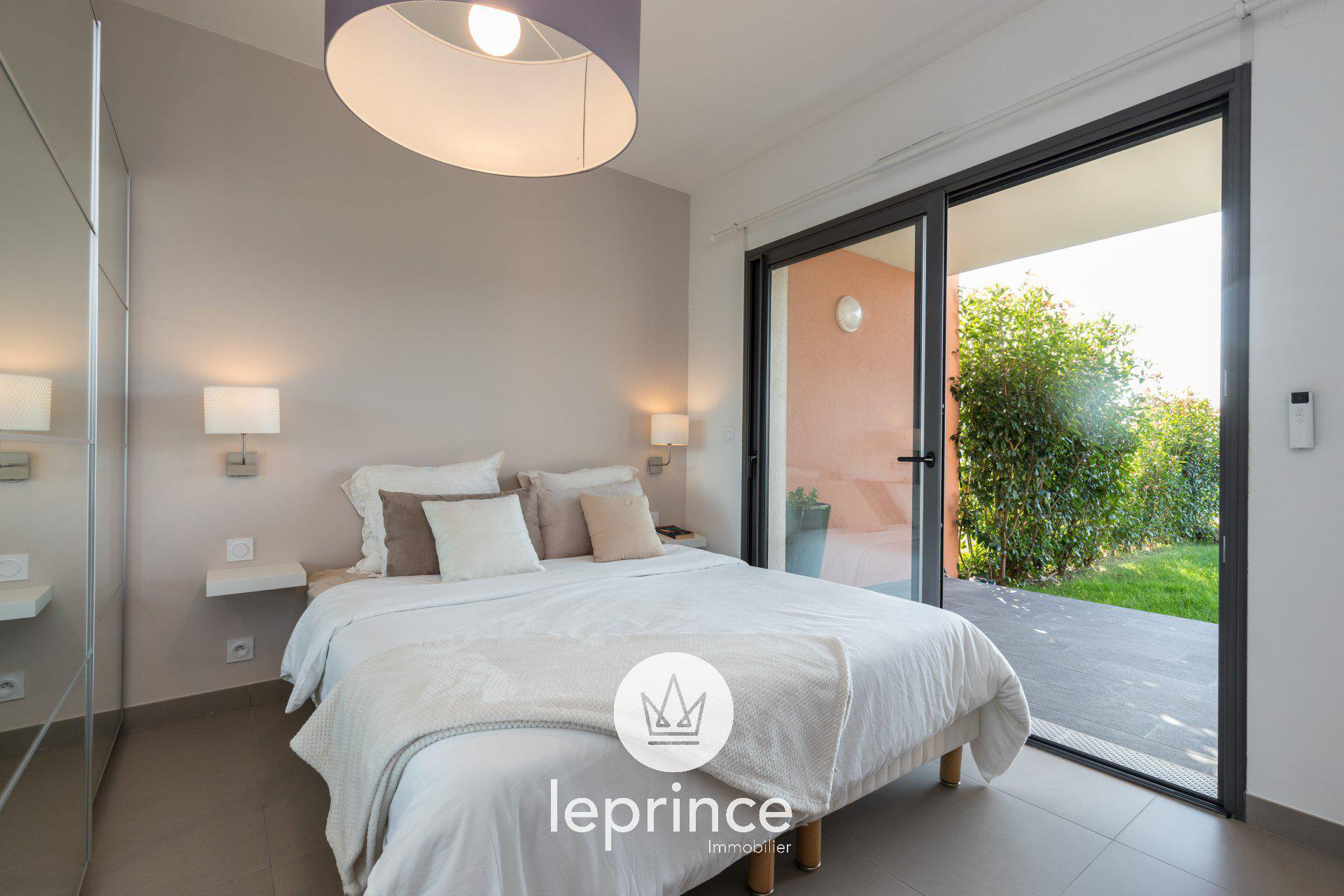 Nice Ouest / Crémat 3 Rooms Garden Residence with Swimming ...