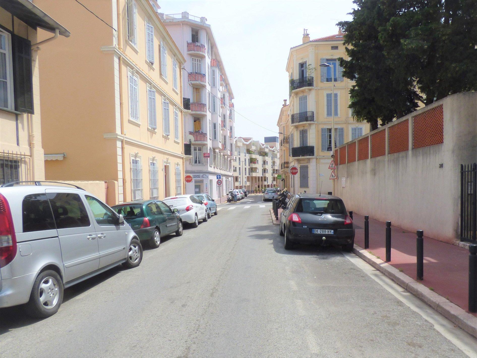 Gemeubileerd studio te koop in Cannes, in de Alpes-Maritimes