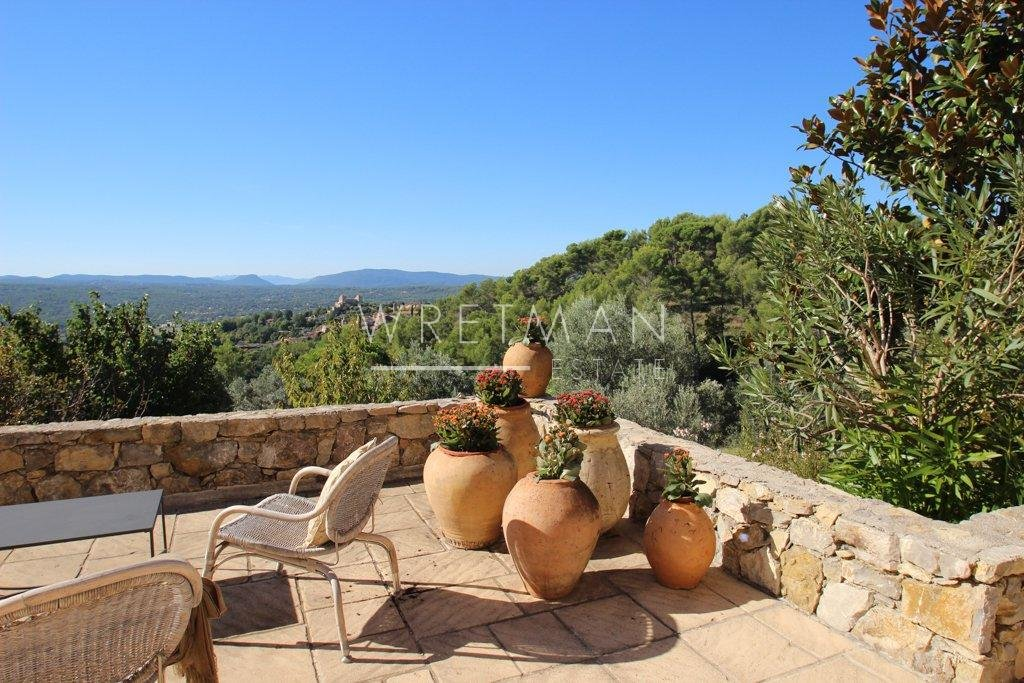 Villa with panoramic views - Tourrettes