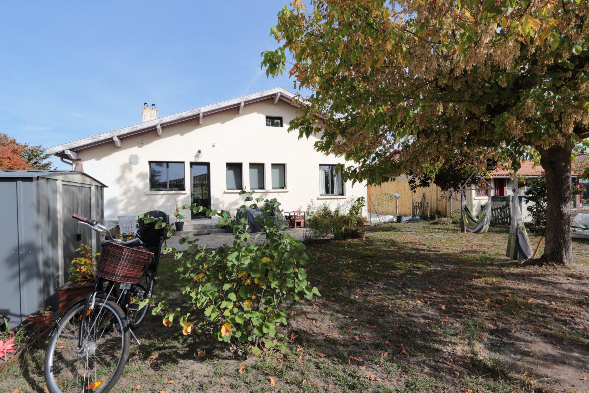 Maison rénovée de 90m2 avec jardin
