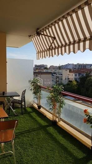 Beautiful 2-bedroom flat of 93 m2 - SEA view - 2 terraces