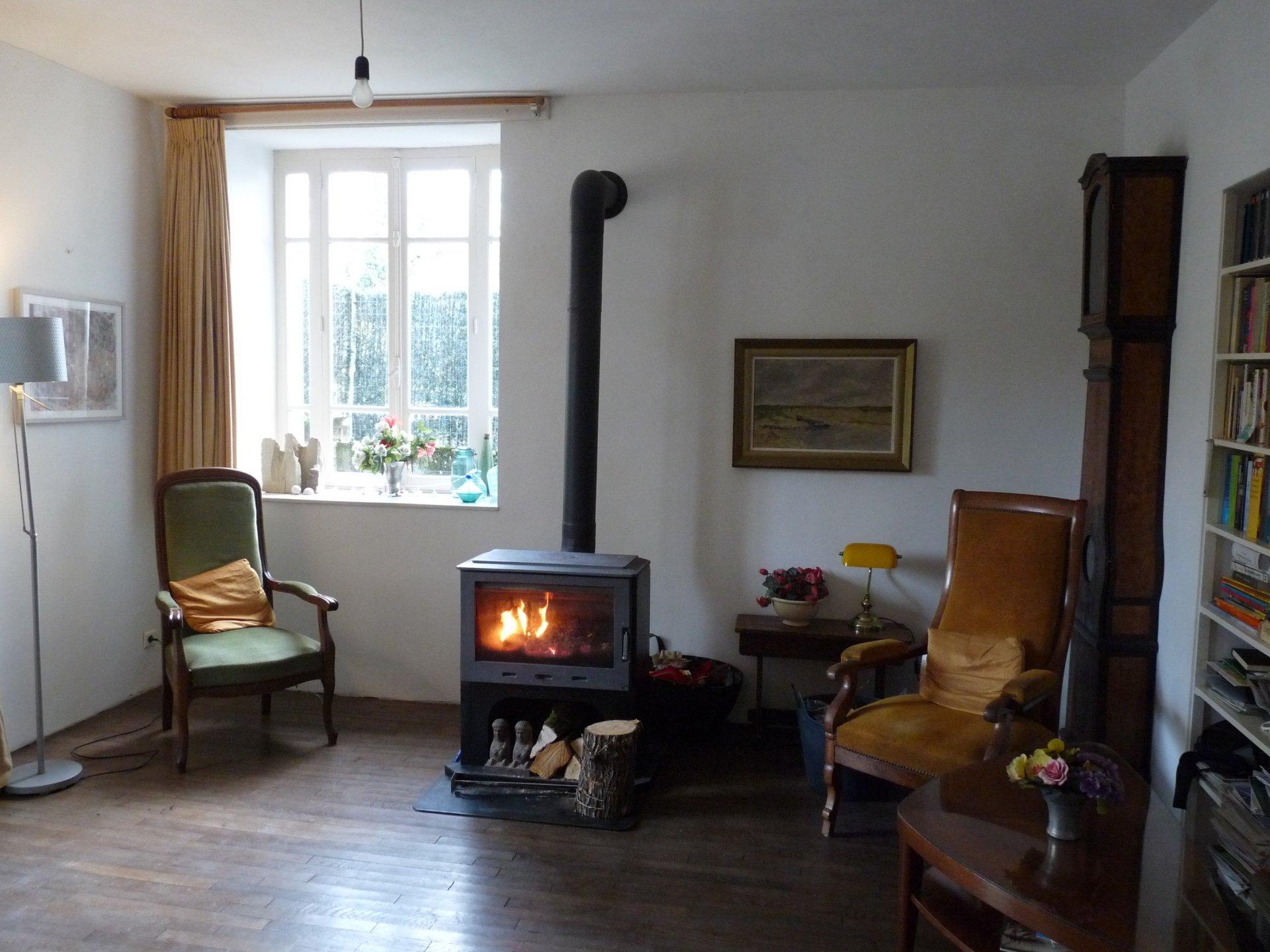 Belle maison dans la Haute-Saône, emplacement calme.