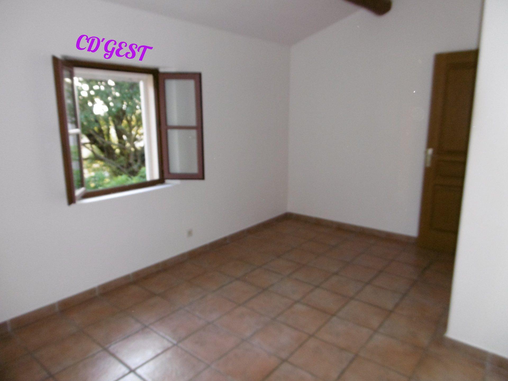 Maison jumelée à Montélimar T6 : 121.24 m²