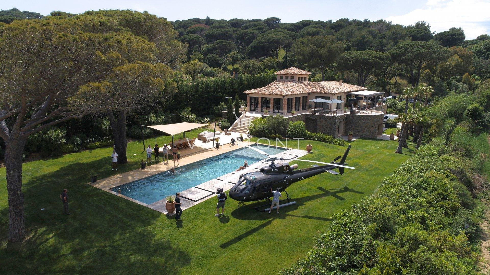 EXCEPTIONAL POSITION NEOPROVENCAL PROPERTY