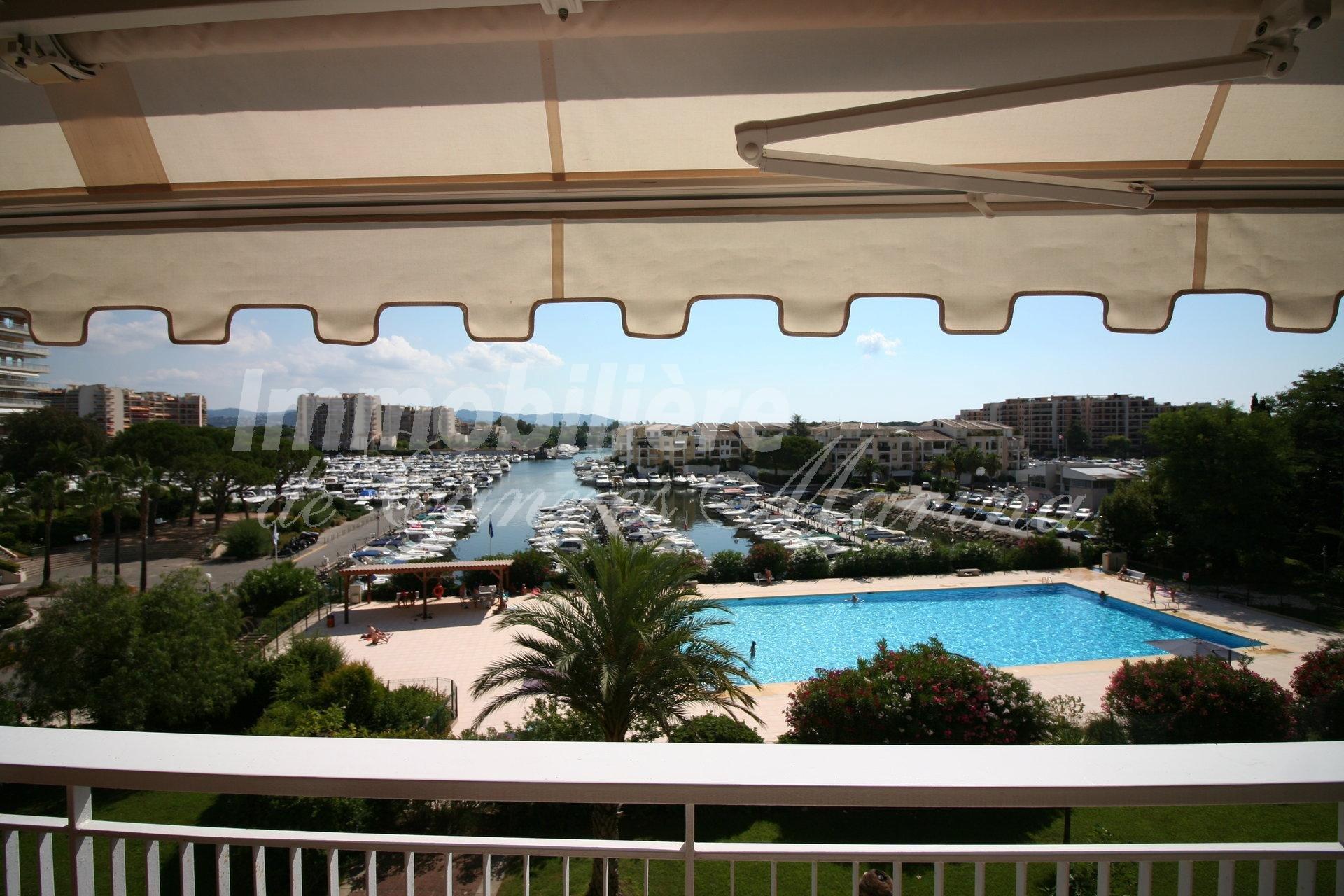 Продажа Квартира - Манделье-ля-Напуль (Mandelieu-la-Napoule) Cannes Marina