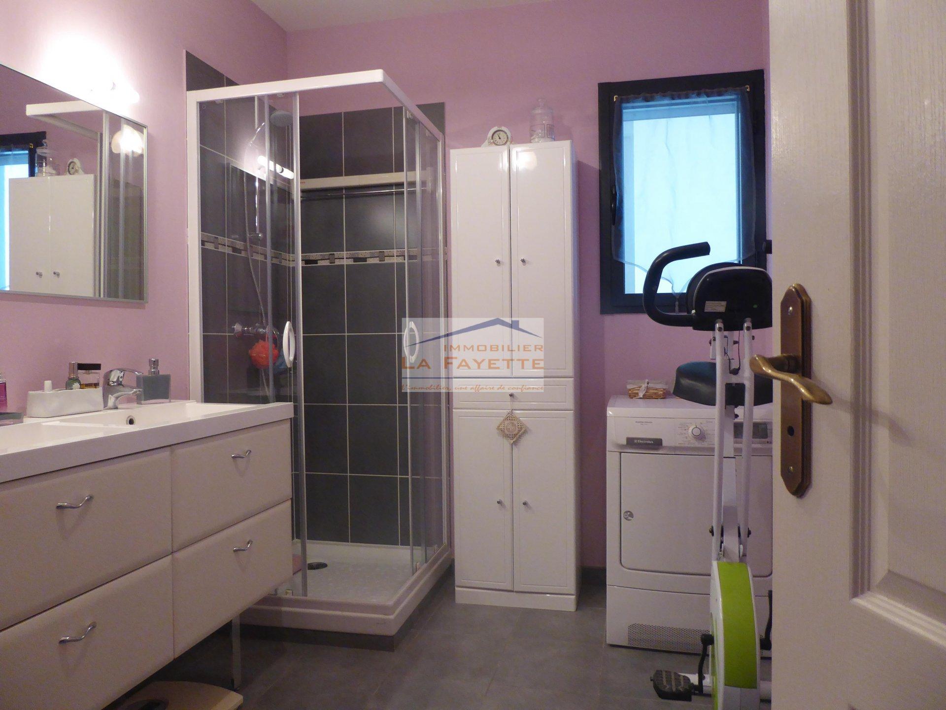 Sale Apartment - Châteauroux