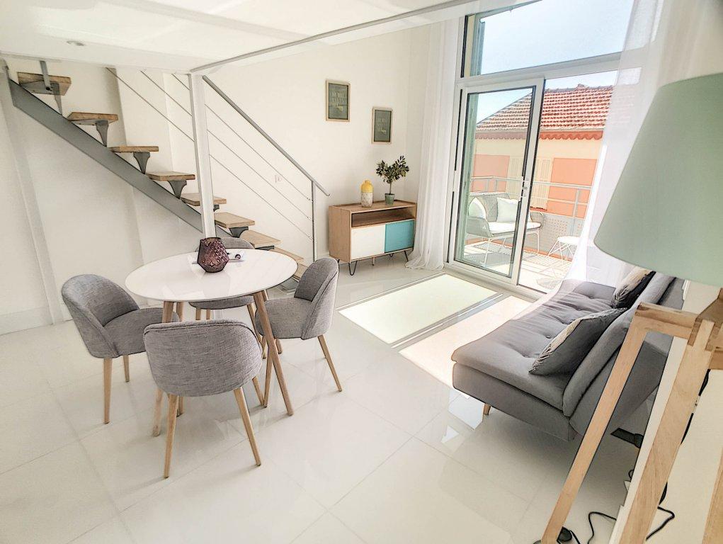 VENTE Appartement Villefranche-sur-Mer Centre Terrasse Vue