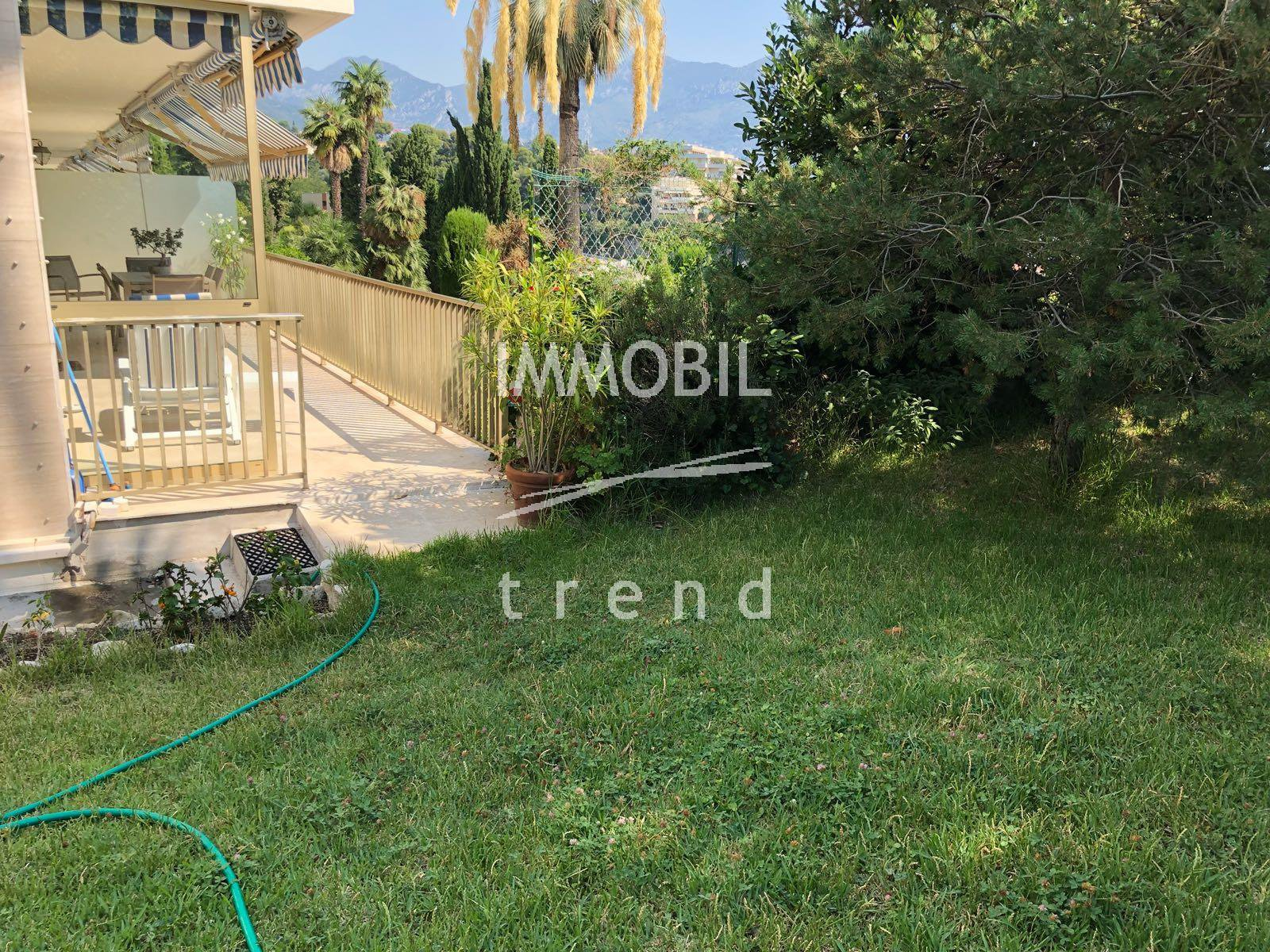 Real Estate Roquebrune Cap Martin | one bedroom with private garden and sea view