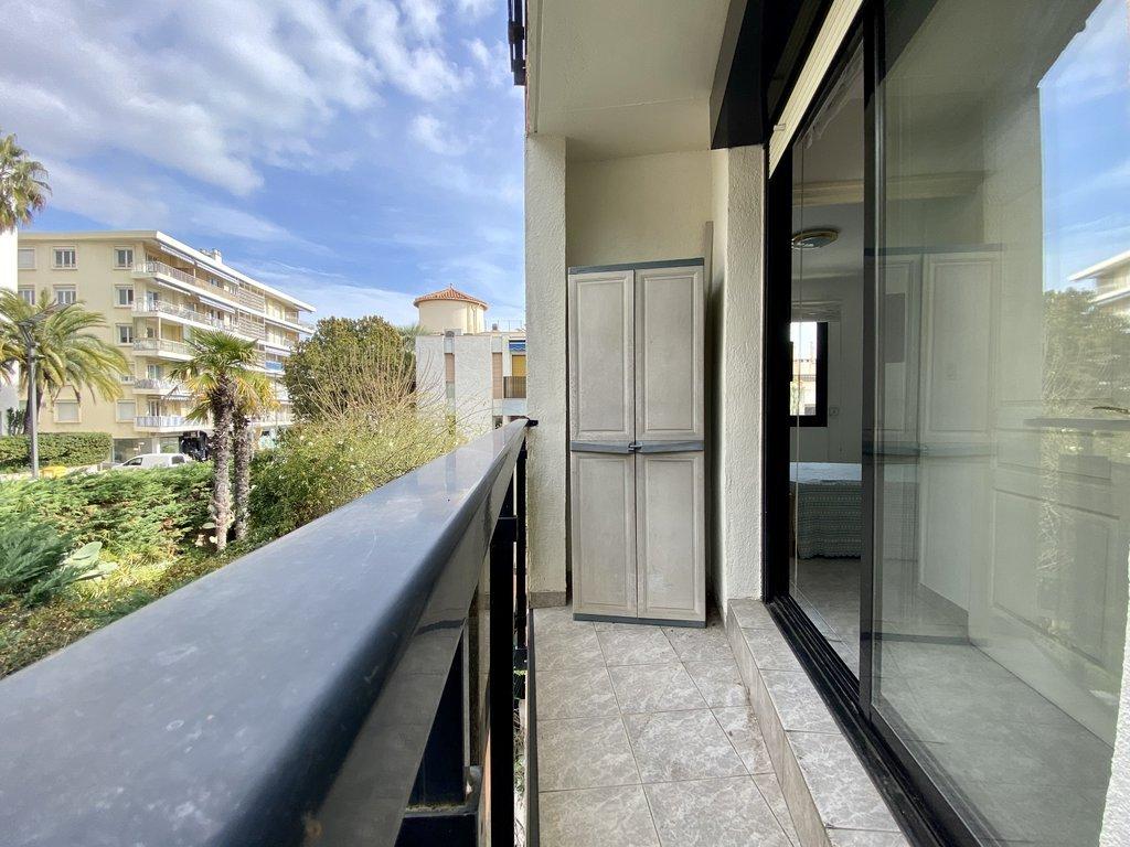 Cannes - Plages du Midi - 2 pièces, balcon, parking