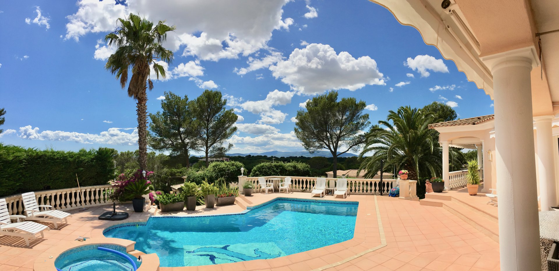 Saint Raphaël - Valescure - Bright, detached villa with stunning views
