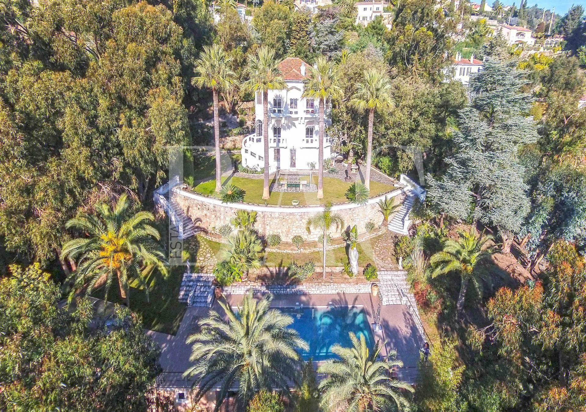 """Villa classée """"Remarquable"""" avec vue mer panoramique"""