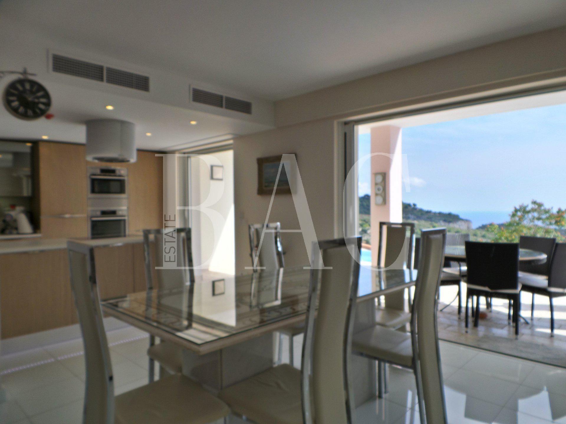 Eze, villa contemporaine avec vue mer panoramique