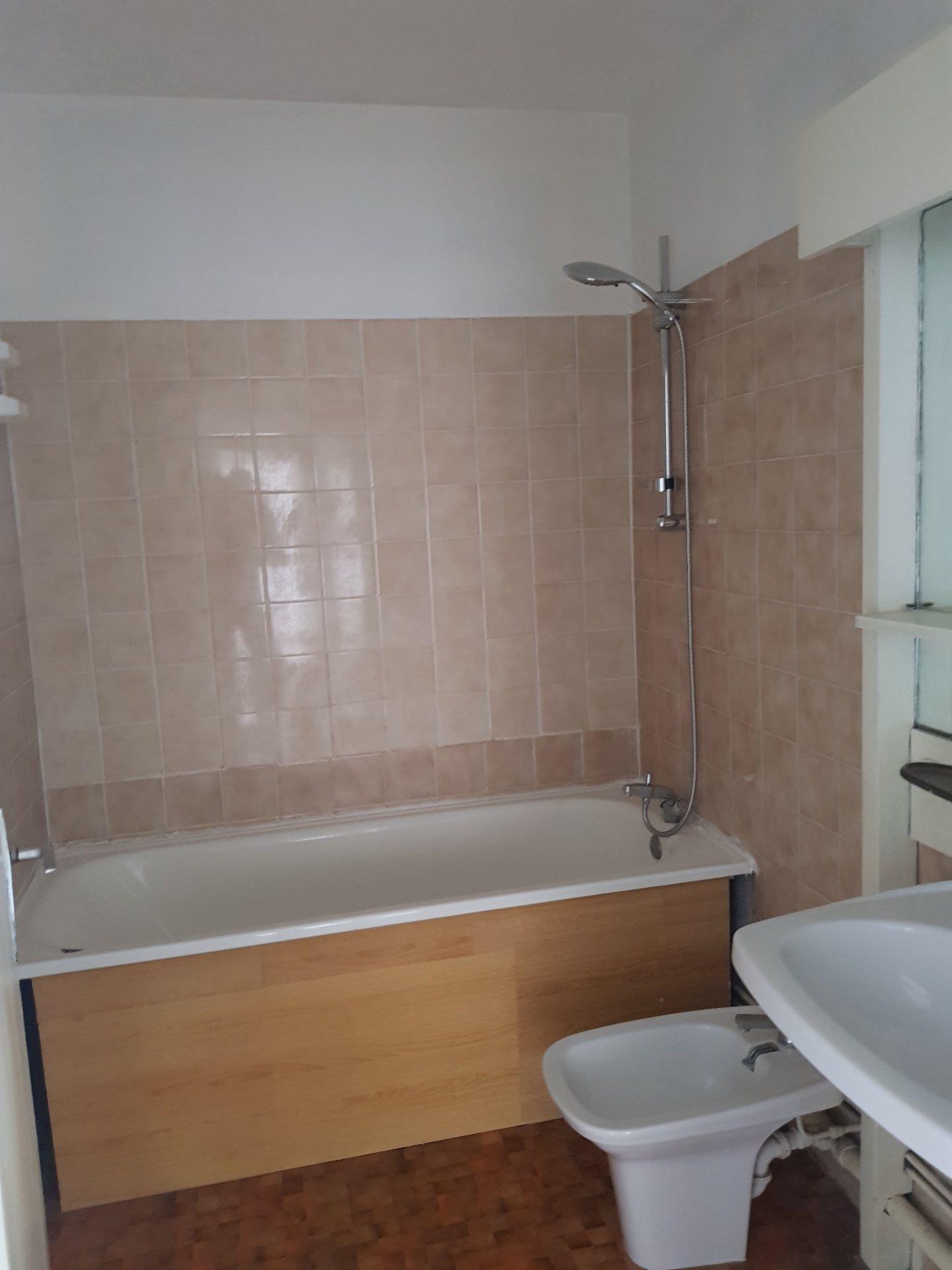 Sale Apartment - Marseille 3ème
