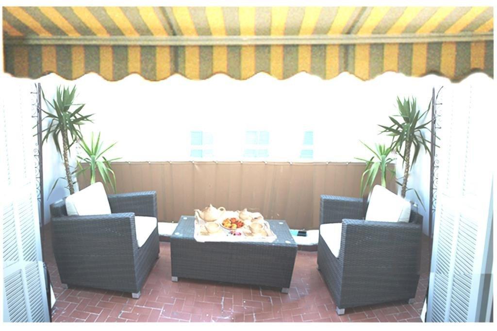 AJC IMMOBILIER CANNES vous propose à Cannes Carré d'Or, à quelques mètres des plages de la Croisette, ...