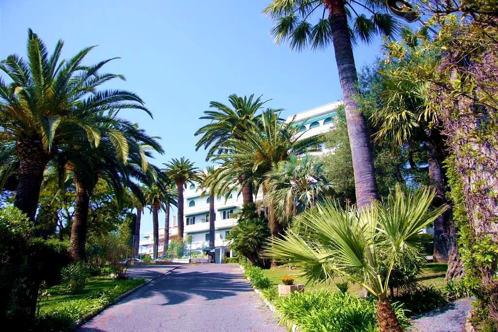 JUAN FRENCH RIVIERA, APPARTMENT FOR SALE, BEACHES, SWIMMING POOL