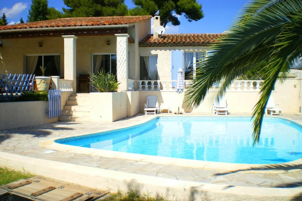 MOUGINS SALE HOUSE 5 ROOMS WITH SWIMMING POOL