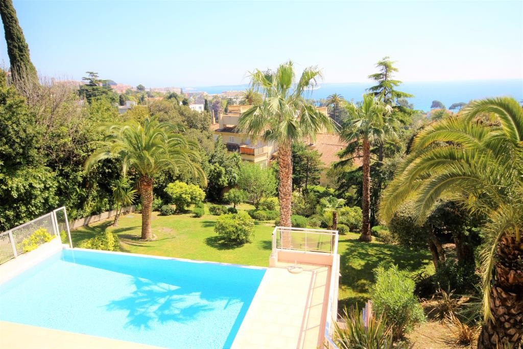 SALE CANNES 4/5 ROOMS RESIDENCE STANDING SEA VIEW LARGE TERRACE OF 116M ²