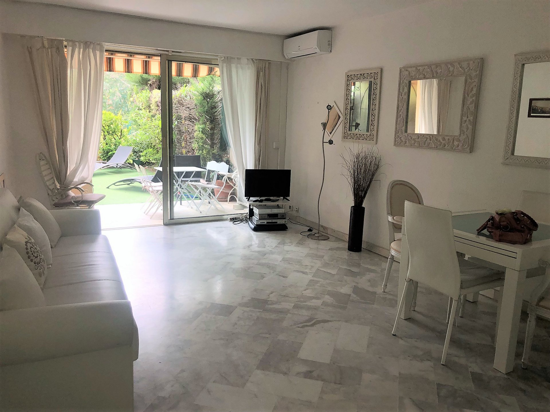 CANNES SALE 2 ROOMS IN ABSOLUTE CALM