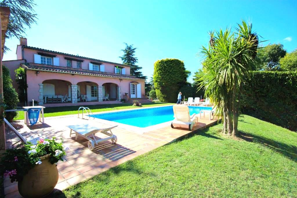 MOUANS SARTOUX SALE VILLA 5 ROOMS WITH SWIMMING POOL IN DOMAINE SEARCHED