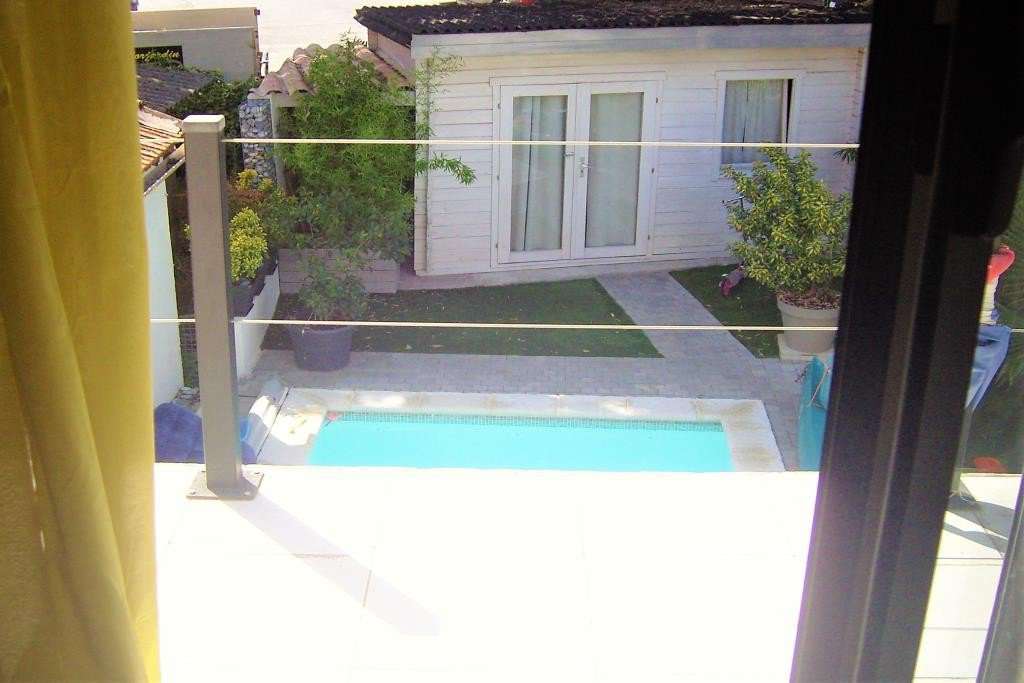 CANNES LA BOCCA SALE TOWNHOUSE NEAR ALL AMENITIES