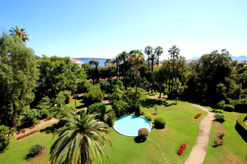 CANNES Sale Apartment 4 rooms sea view in beautiful residence