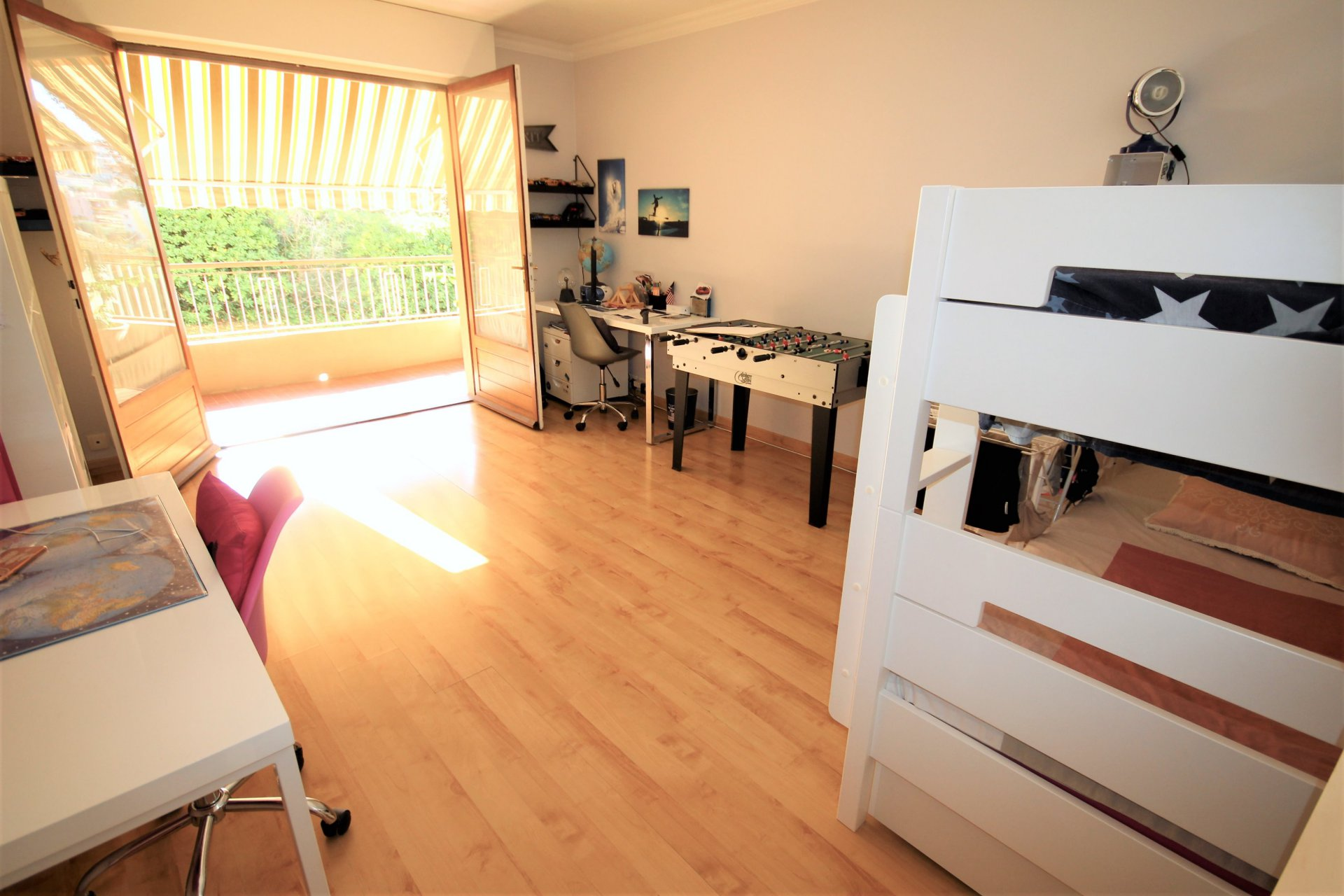 LE CANNET MAIRIE Sale 3 rooms in DUPLEX in quiet near shops