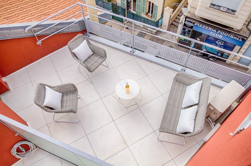 SALE Apartment Villefranche-sur-Mer Center Terrace Open Views