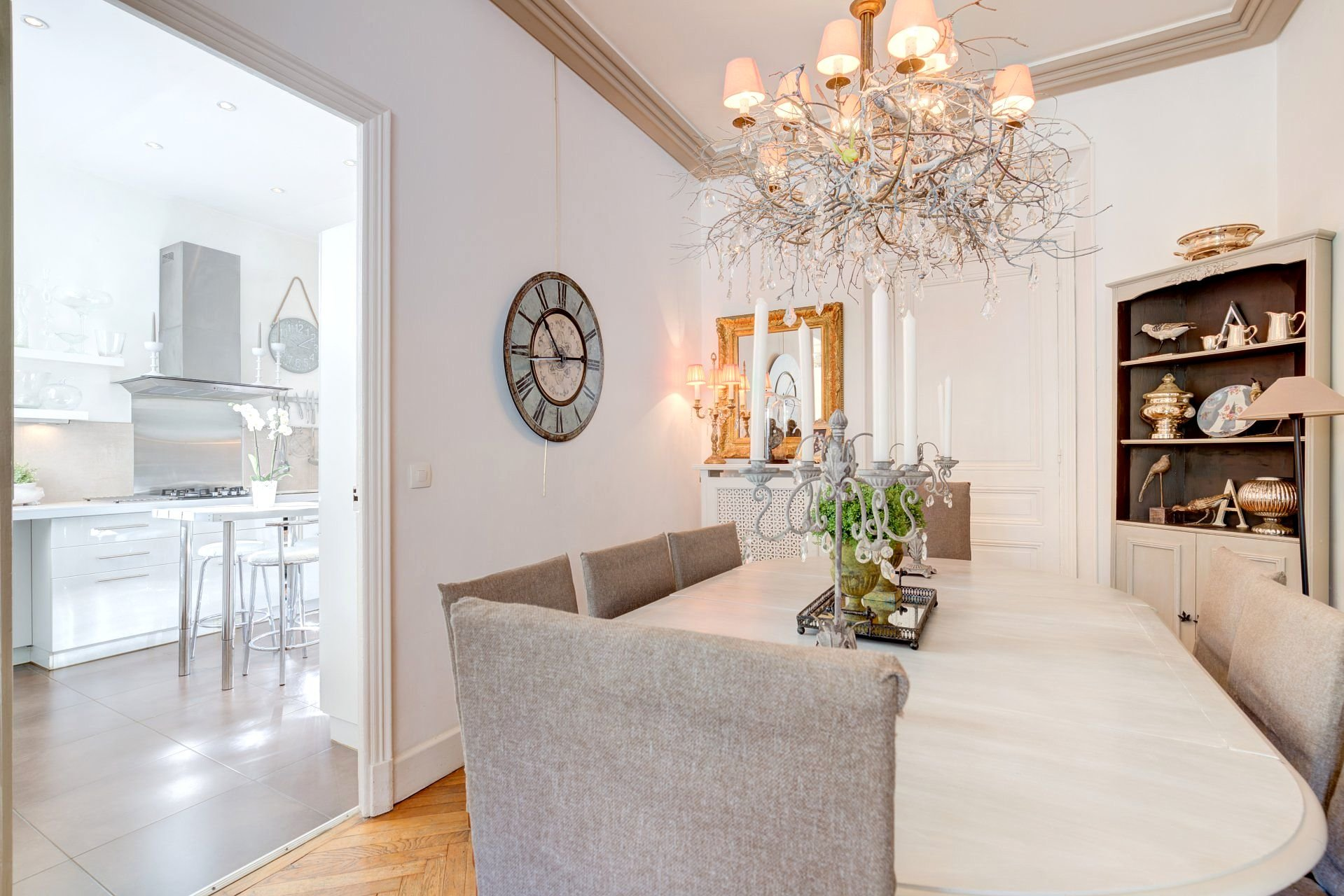 Elegant Belle Epoque villa within walking distance of the city center