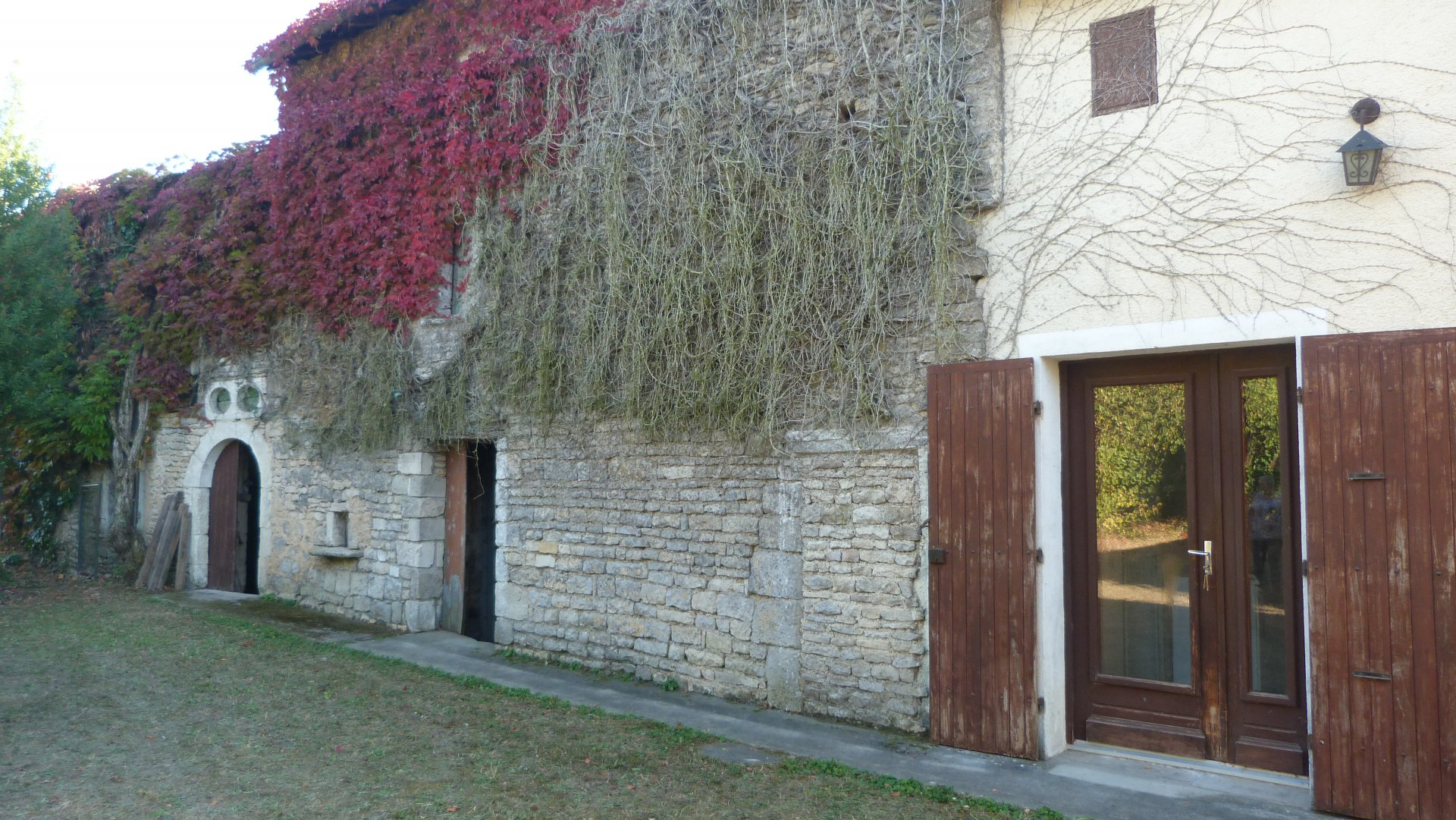 House with beautiful outbuildings in a village  near shops