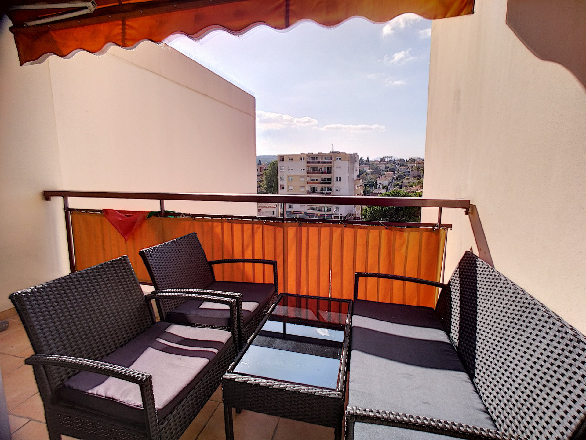 Le Cannet, nice 2 bedrooms flat