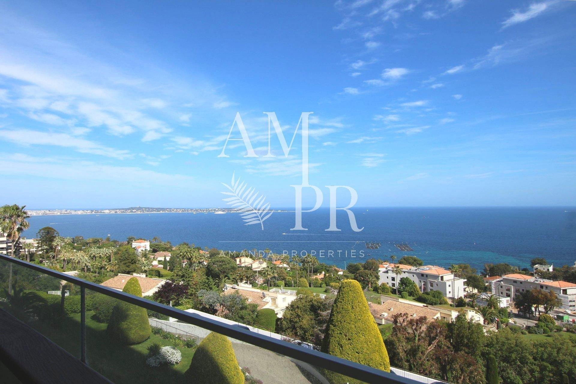 Apartment panoramic sea view Cannes Californie