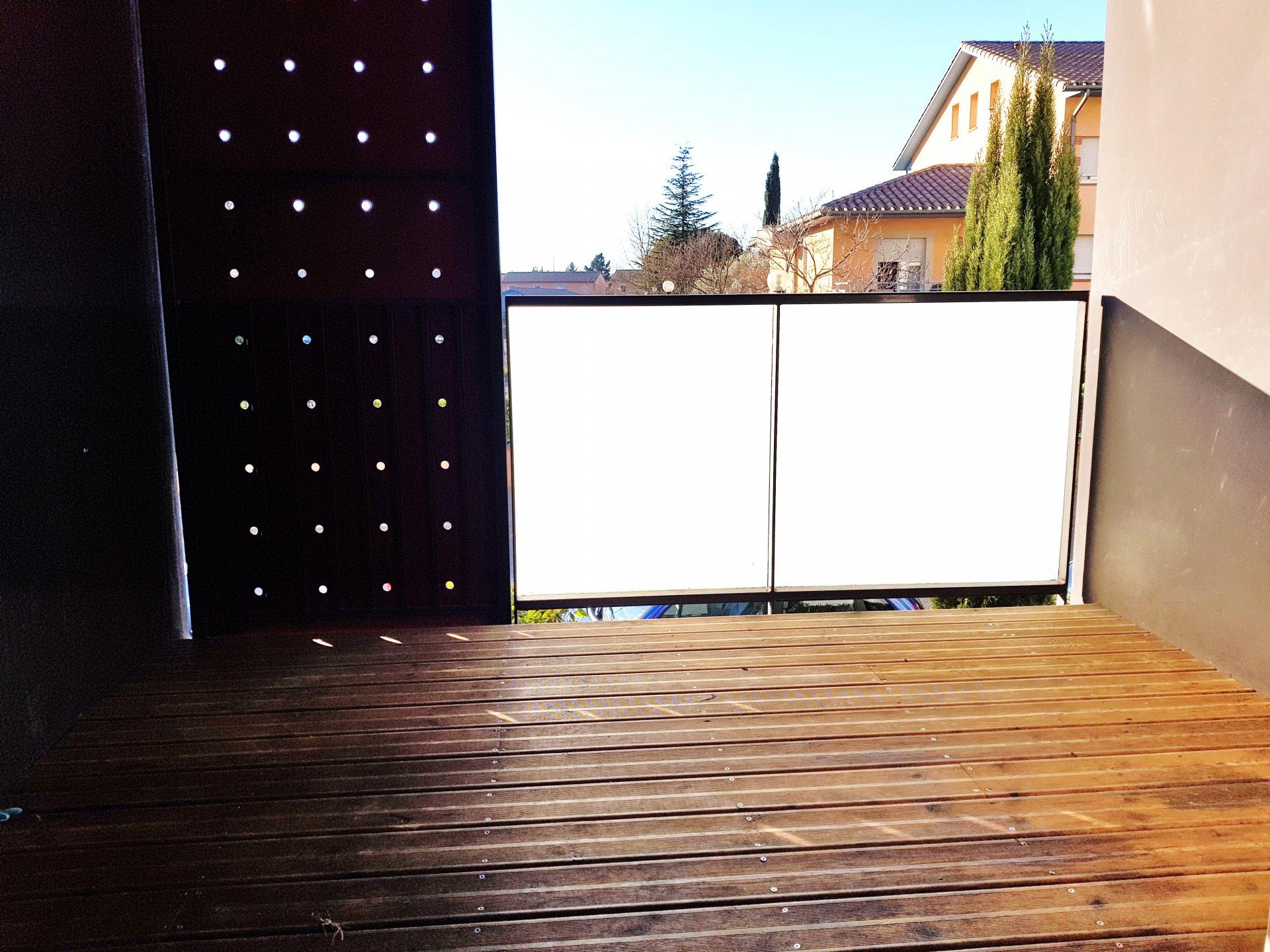 Appartement T1 - 37 m² - TOULOUSE 3 COCUS