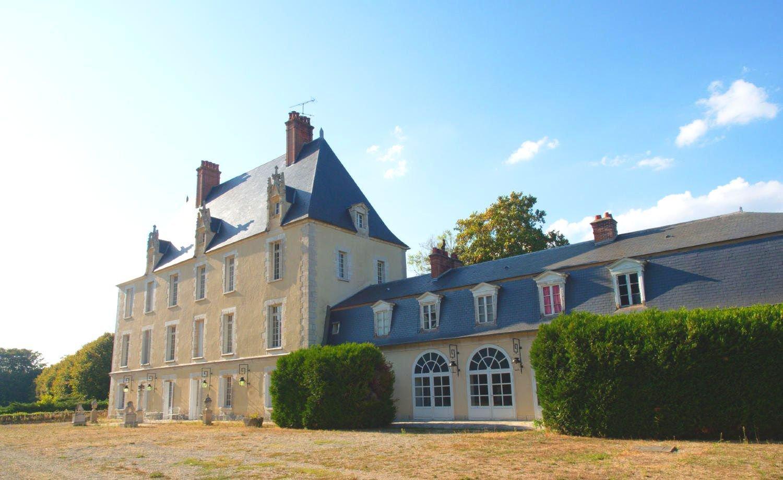 CHATEAU HISTORIQUE XIII-XIX s A 1 H DE PARIS